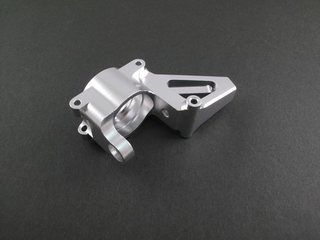 Alloy front hub carrier (2) for 1/5 Baja or KM Baja